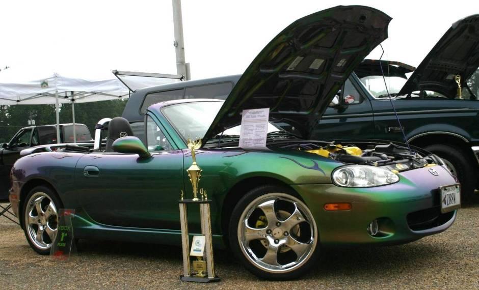 Green 2 - 2002-mazda-001