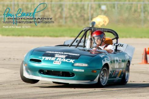 Race-Track - 3-wheel-mazda-miata