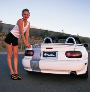 Girlz 1 - normal 93191z+1991 mazda miata+rear view
